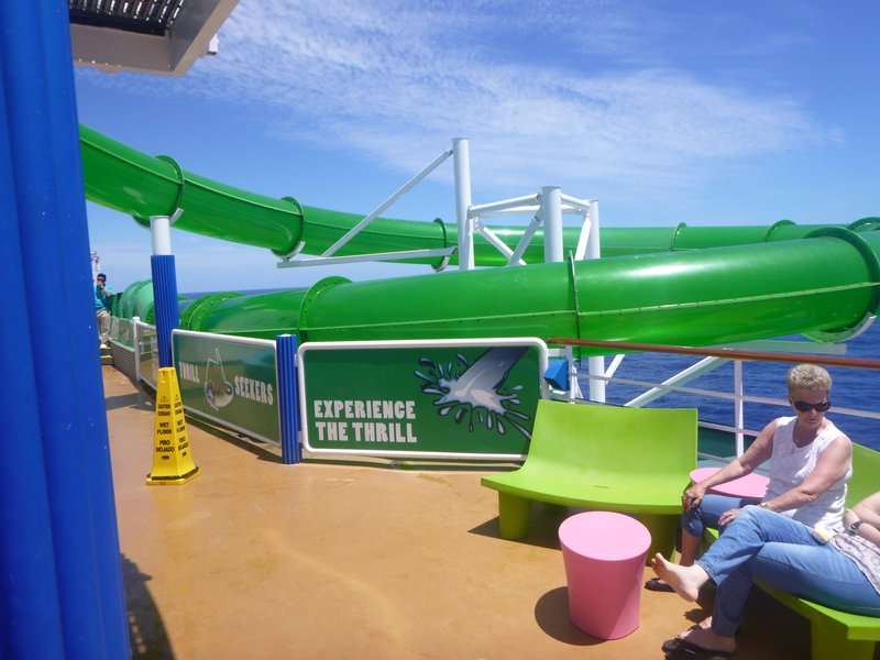 Cruise - Top Deck 3