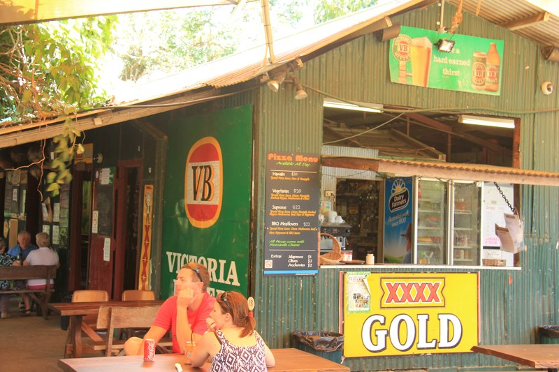 Cooktown - Lions Den Pub