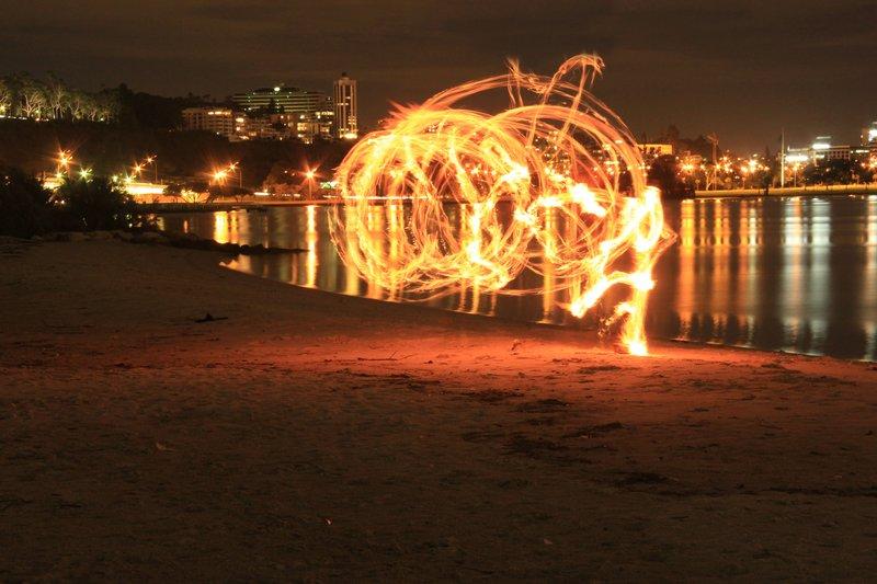 Perth Swan Rvr Light Painting 1