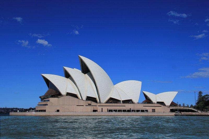 Travelogue - Opera House 3