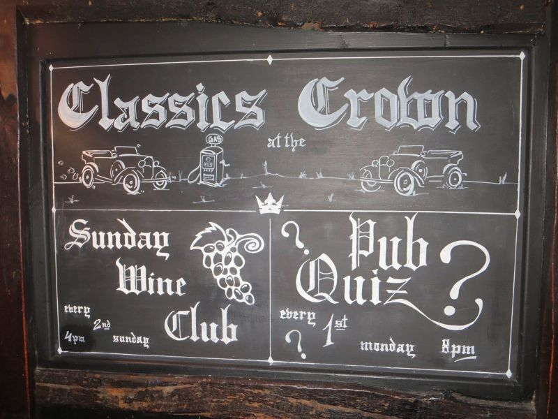 A Traditional 16th Century Pub---The Crown