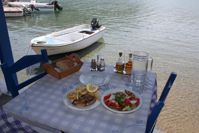An Enjoyable Meal by The Sea