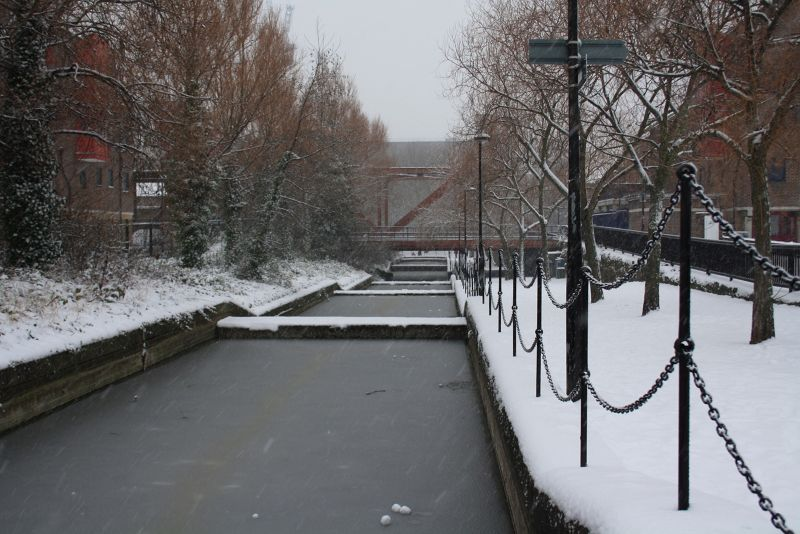 A Wapping Canal