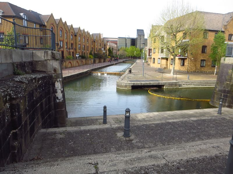 The Canals of Wapping