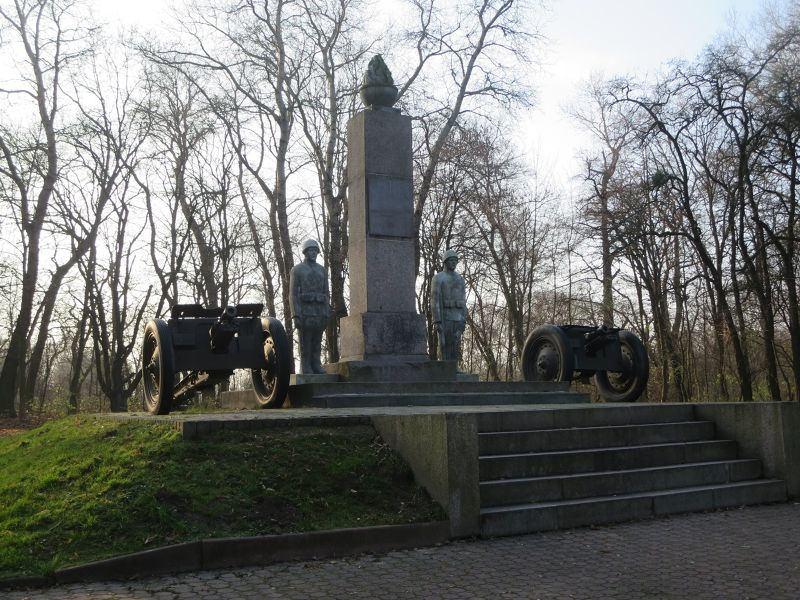 Monument To The Defenders Of Modlin - Nowy Modlin