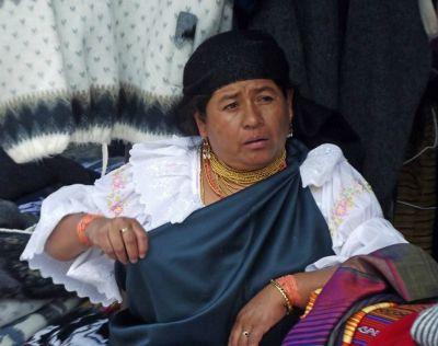 6468713-Otavalan_dress_Otavalo.jpg