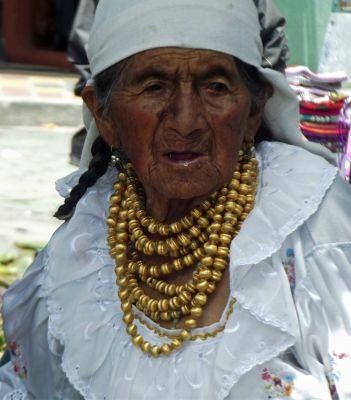 6468721-Visit_the_market_Otavalo.jpg