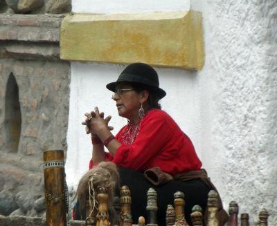 6468797-Crafts_for_sale_Cuenca.jpg