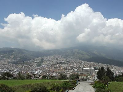 6469048-Quito_from_Parque_Itchimbia_Quito.jpg