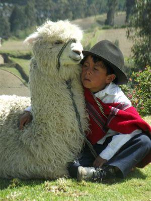6497662-Posing_by_Lago_San_Pablo_Otavalo.jpg