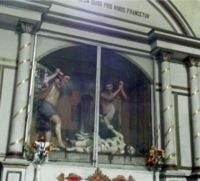 6515479-Side_altar_La_Merced_Cuenca.jpg