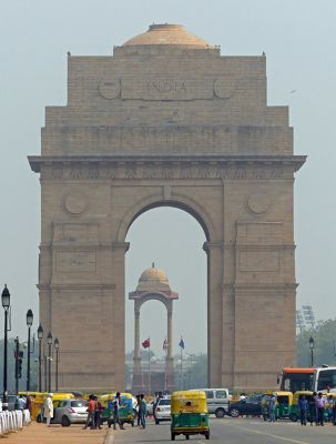 7516430-India_Gate_Delhi.jpg