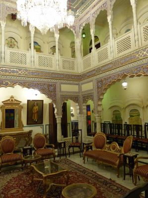 7530161-One_of_the_lounges_Jaipur.jpg