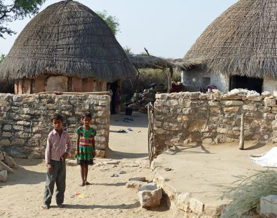 7536734-A_warm_welcome_Jaisalmer.jpg