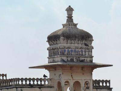 7551666-Jal_Mahal_detail_Chittaurgarh.jpg