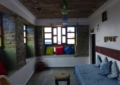 7551689-First_floor_terrace_Chittaurgarh.jpg