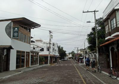 978988826444816-Avenida_Char..Santa_Cruz.jpg