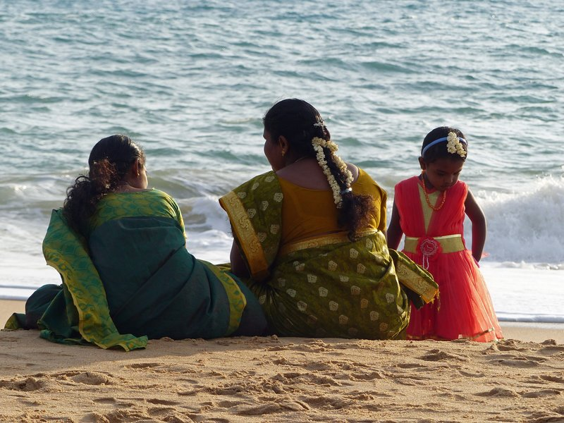 Family on Chowara beach