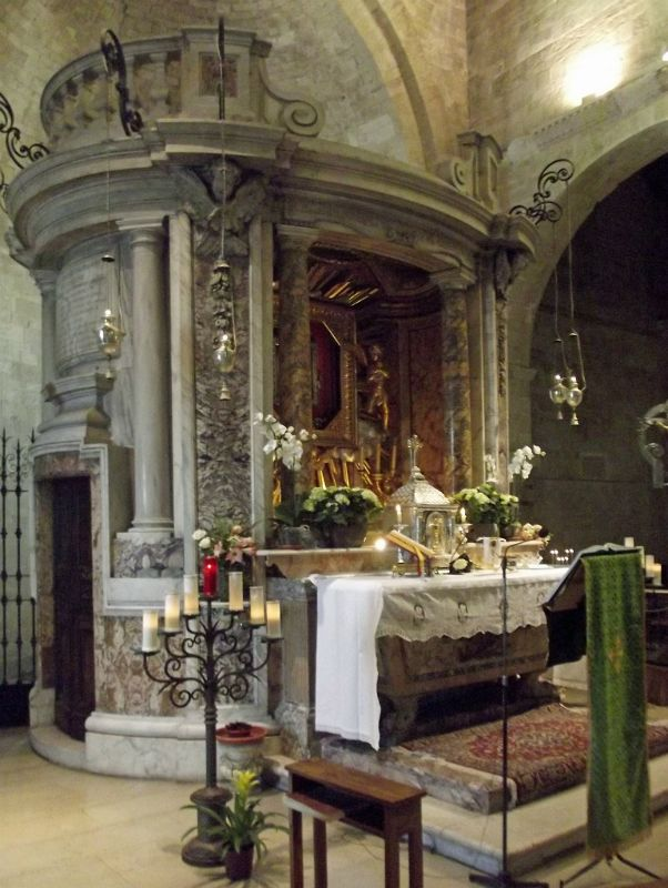 Lady chapel: shrine by Vivantelli - Ancona