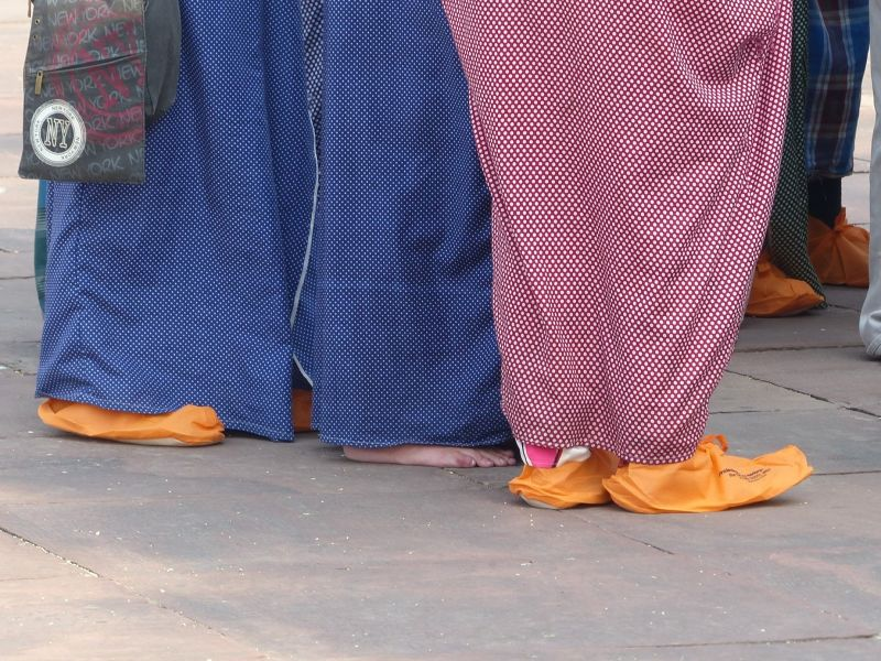 Tourists in shoe covers - Delhi