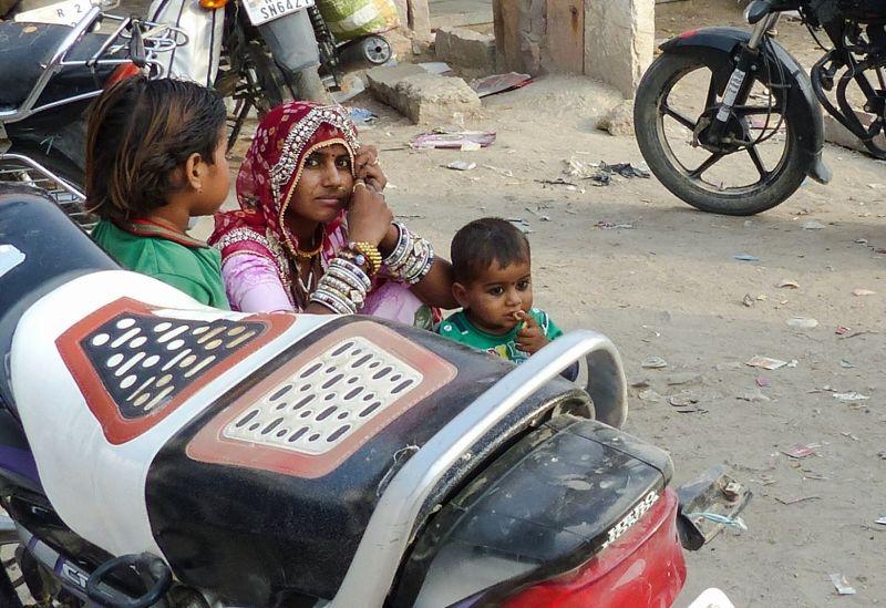 Local family, Khimsar
