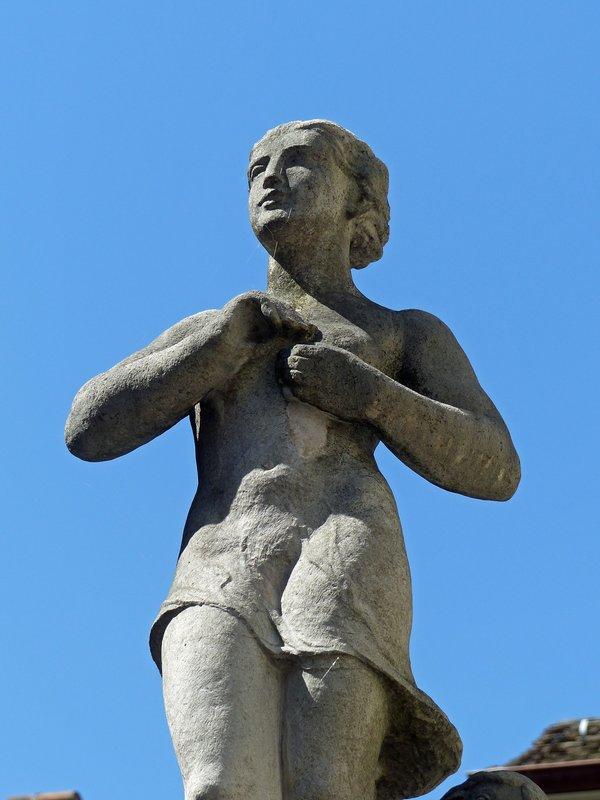 Statue in Zurich