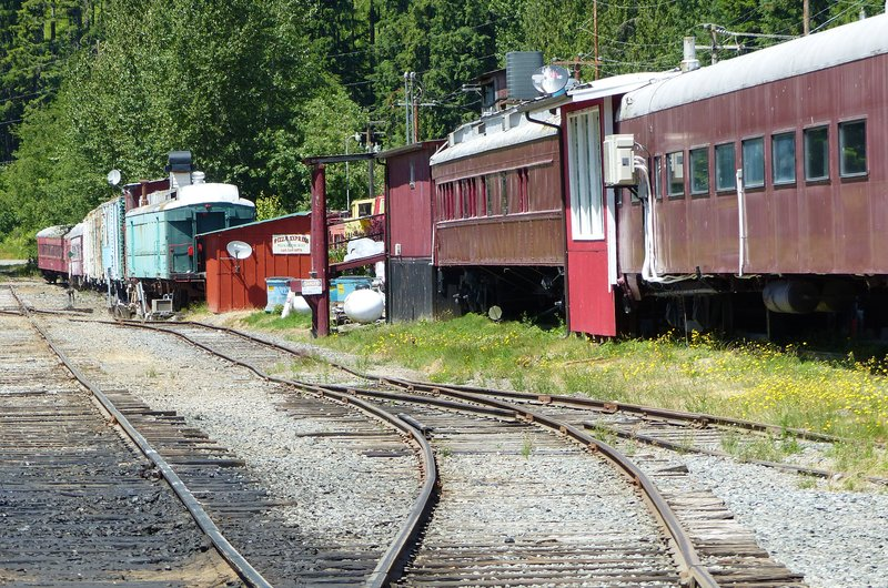 Railroad cabooses in Elbe WA
