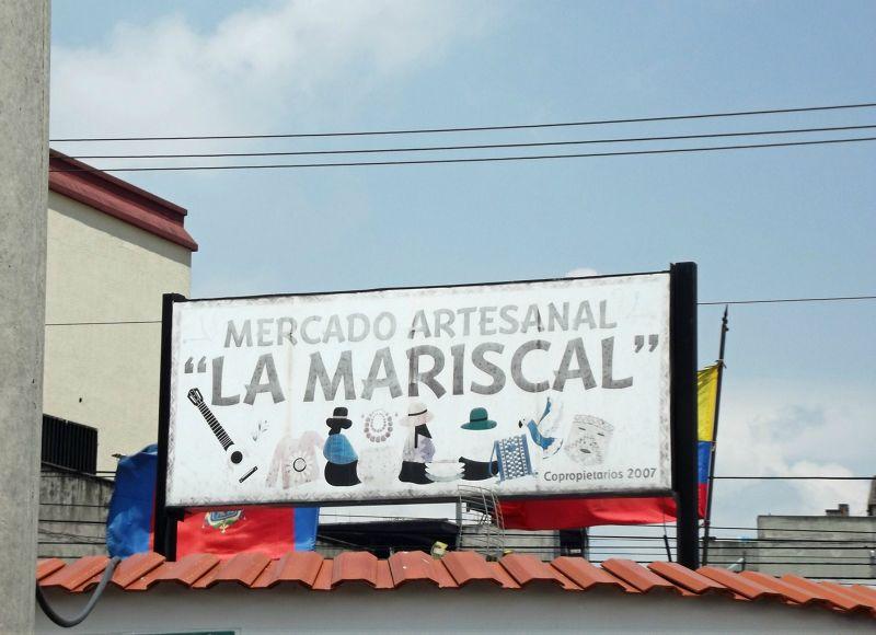 Mercado Artesanal Metropolitano - Quito