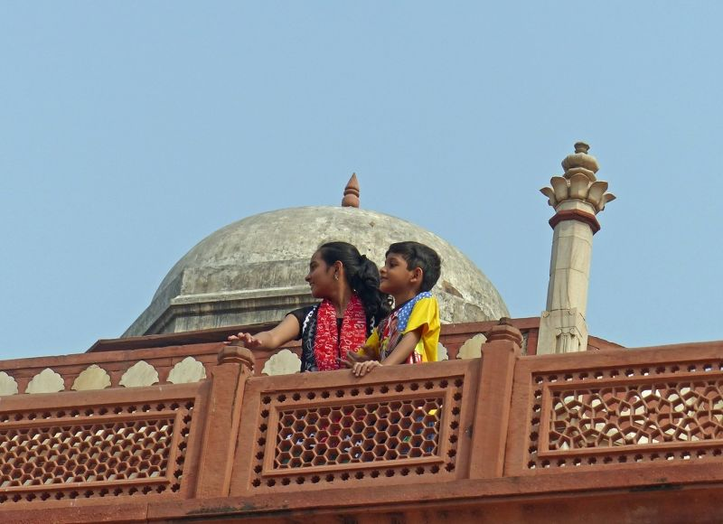 Tourists at Humayun's Tomb - Delhi