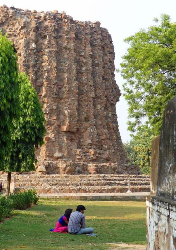 Stump of unbuilt minaret, Qutb Minar - Delhi