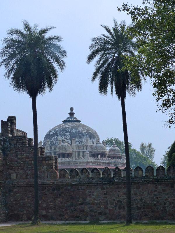 Tomb of Isa Khan Niyazi - Delhi