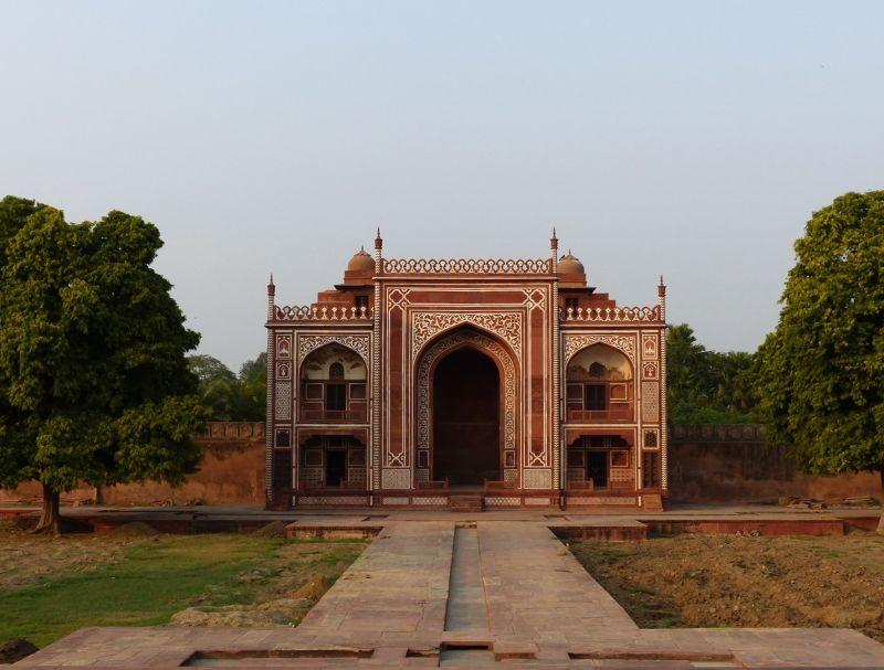 Main gate, Itmad-ud-Daula - Agra