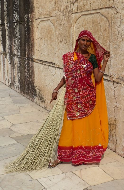 Sweeper - Amber Fort
