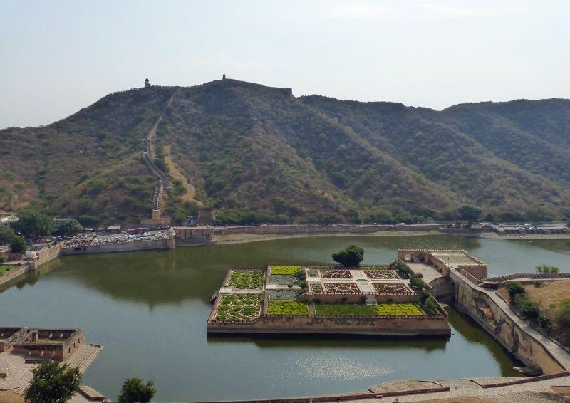Maota Lake & Saffron Garden - Amber Fort
