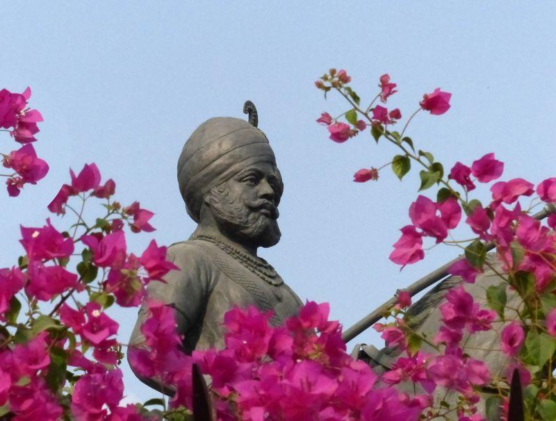 Statue of Maharaja - Khimsar
