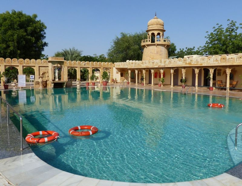 The pool at Fort Rajwada - Jaisalmer