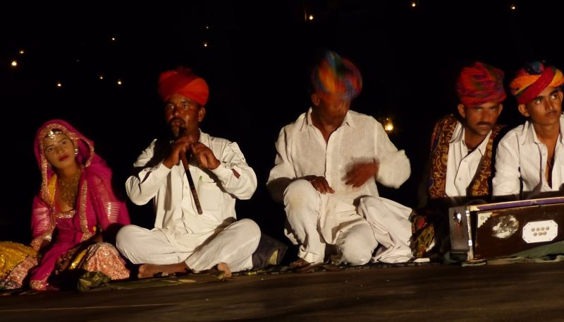Cultural performance - Dechu