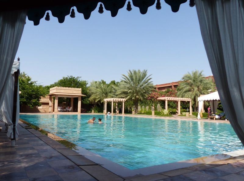 Pool at Samsara - Dechu
