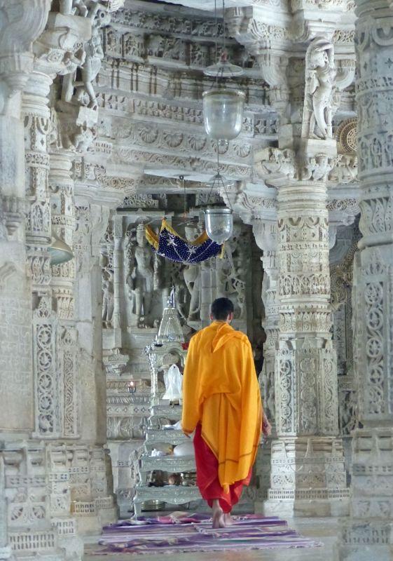 Inside the temple, Ranakpur - Sadri