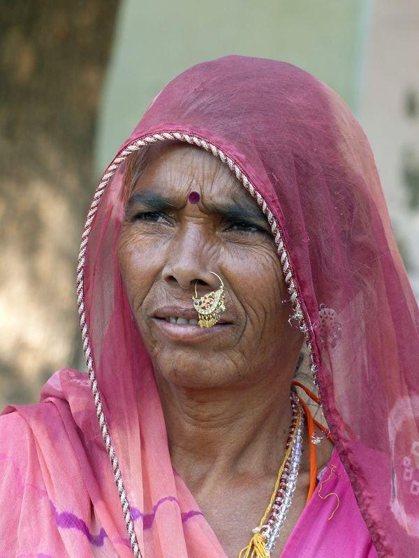 Traditional costume - Narlai