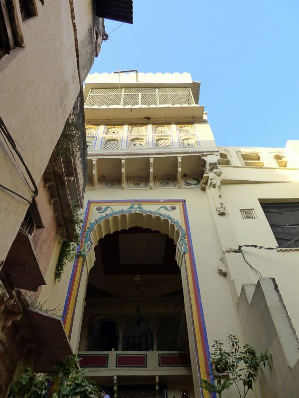 Hotel entrance - Bundi Vilas haveli