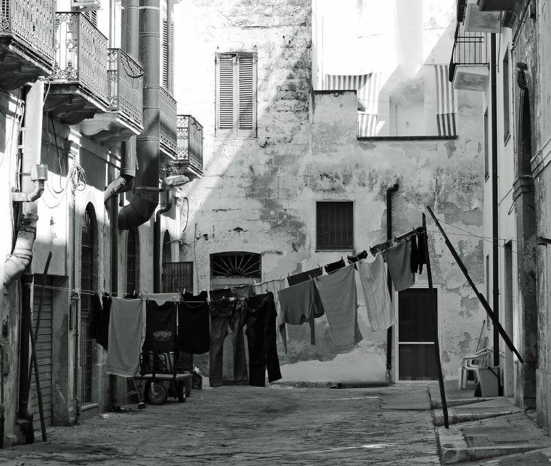 Old streets - Brindisi