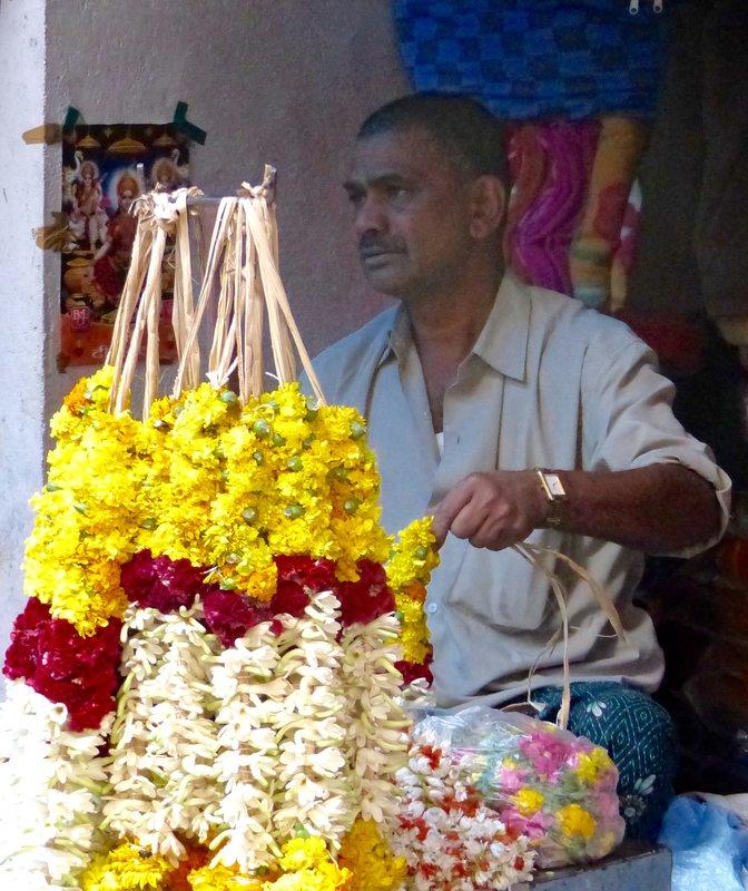 Flower seller, Munnar market