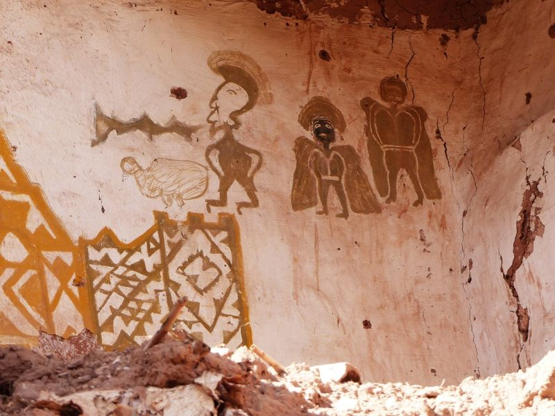 Wall painting in the village - Ait Ben Haddou
