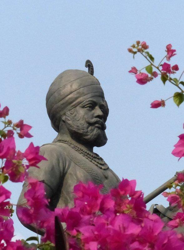 Statue in Khimsar