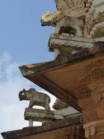 7551651-Victory_Tower_detail_Chittaurgarh.jpg