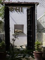 7551690-In_the_central_courtyard_Chittaurgarh.jpg