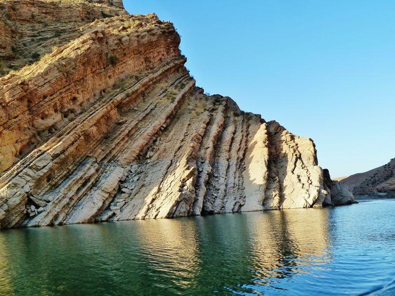stunning rocks - Dokan
