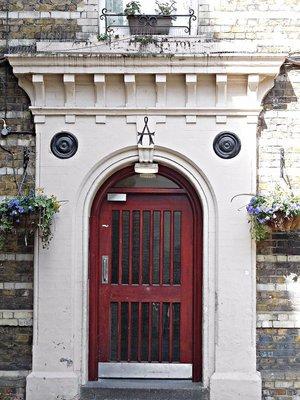 Clerkenwell Close Peabody doorway