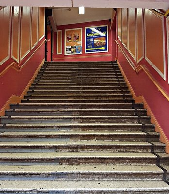 Staircase to Legends Gym in Salisbury Promenade Green Lanes